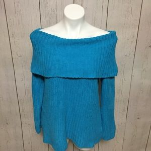 Chelsea & Theodore sweater turquoise cowl neck med